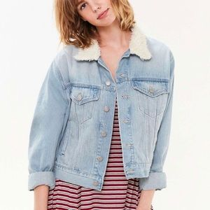 URBAN OUTFITTERS BDG Sherpa Collar Denim Jacket S